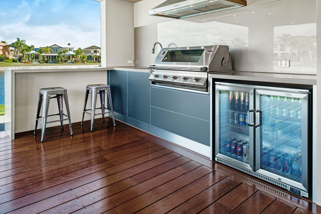 Beefeater ude k kkener for Outdoor kitchen designs australia