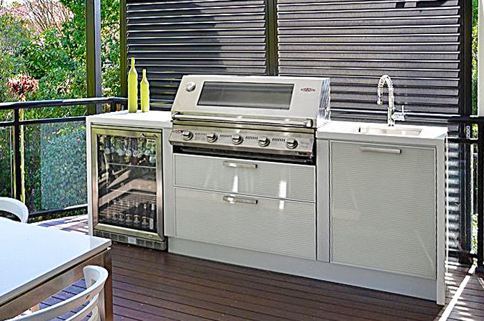 Signature Beefeater Built-in BBQ Outdooor kitchen
